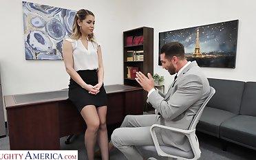 Hot female bigwig Alina Lopez wants her future employee to fuck her good