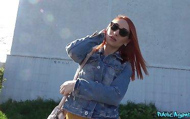 Redhead hottie Luna Melba with a nice tattoo fucked ing�nue