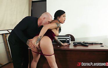 Energized Asian secretary suits the hotshot with the best fuck