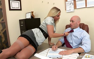 Watch amazing blonde wife Devon Lee sucks coupled with fucks a big dig up