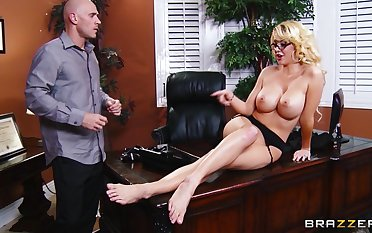 Stuff and nonsense deep pussy pounding in a difficulty slot with secretary Courtney Taylor