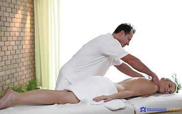 Classy blonde loveliness Karol Lilien makes love near her masseur