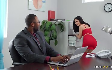 Things heat in an obstacle matter of in an obstacle office be worthwhile for babes Jane Wilde and Rocky Emerson