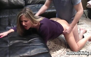 Housewife Kelly - Long Overdue Menageatrois (part 2)