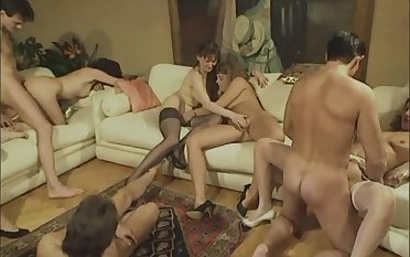Vintage Group Fucking 147 - groupsex