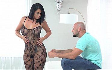 Baldie is horny, Baldie want pussy