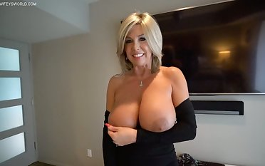 Wifey's Slutty Neighbor Gets Drilled For Xmas