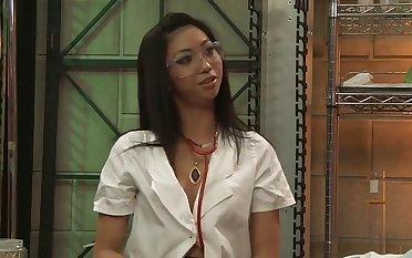 Skinny Rosemary Radeva has sex with respect to lab
