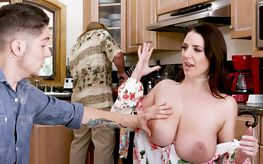 Shy stepson under no circumstances saw such huge tits winning
