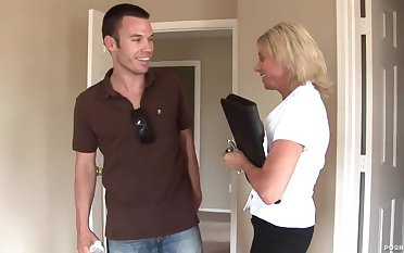 Amazing Blond Be alive Cougar Loves The Big Dick - high-resolution