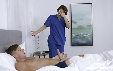 Sexy doctor Natalie Porkman adores sex and a blowjob on touching her patient